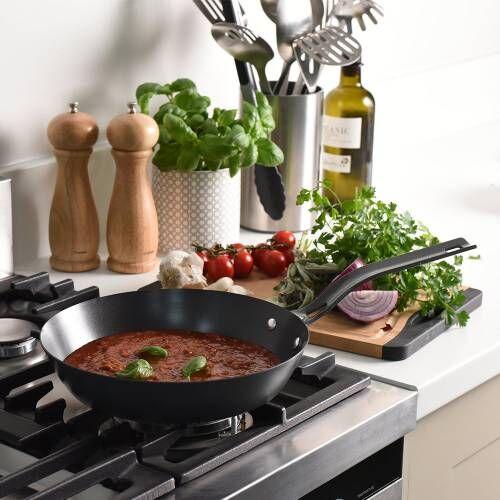 ProCook Carbon Steel Frying Pan 24cm