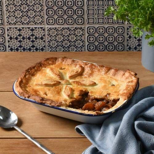 ProCook Enamel Bakeware Pie Dish 24cm x 18cm x 5cm