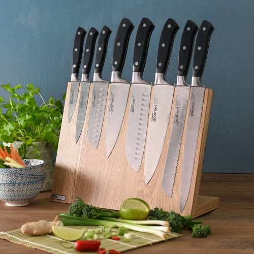 Gourmet X30 Knife Set 8 Piece and Magnetic Block