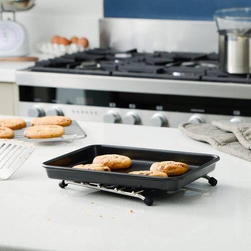 ProCook Non-Stick Baking Tray 26 x 19.5cm
