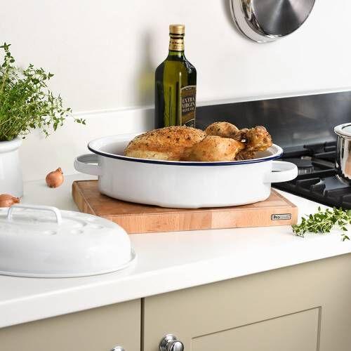 ProCook Enamel Bakeware Covered Oval Roaster 30cm / 4.0L
