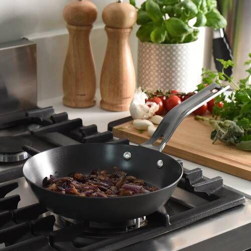 ProCook Carbon Steel Frying Pan 20cm