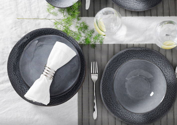 Best Selling <br/>Tableware Sets