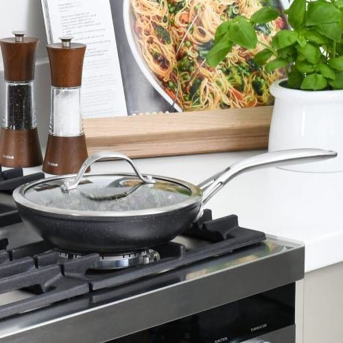 Professional Granite Frying Pan with Lid 20cm
